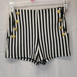 Forever 21 shorts Black White stripe